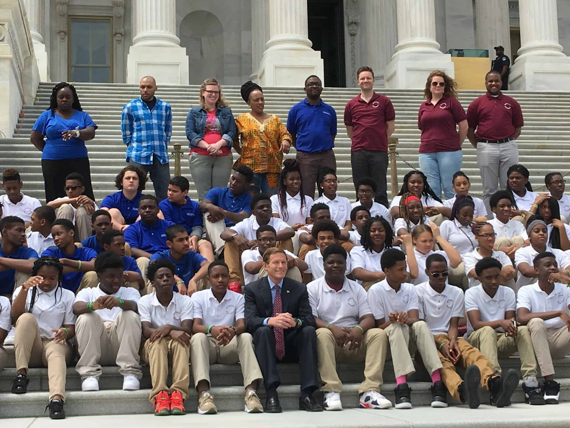 Senator Murphy with a students on a civics class trip to Washington dc at the US Capitol