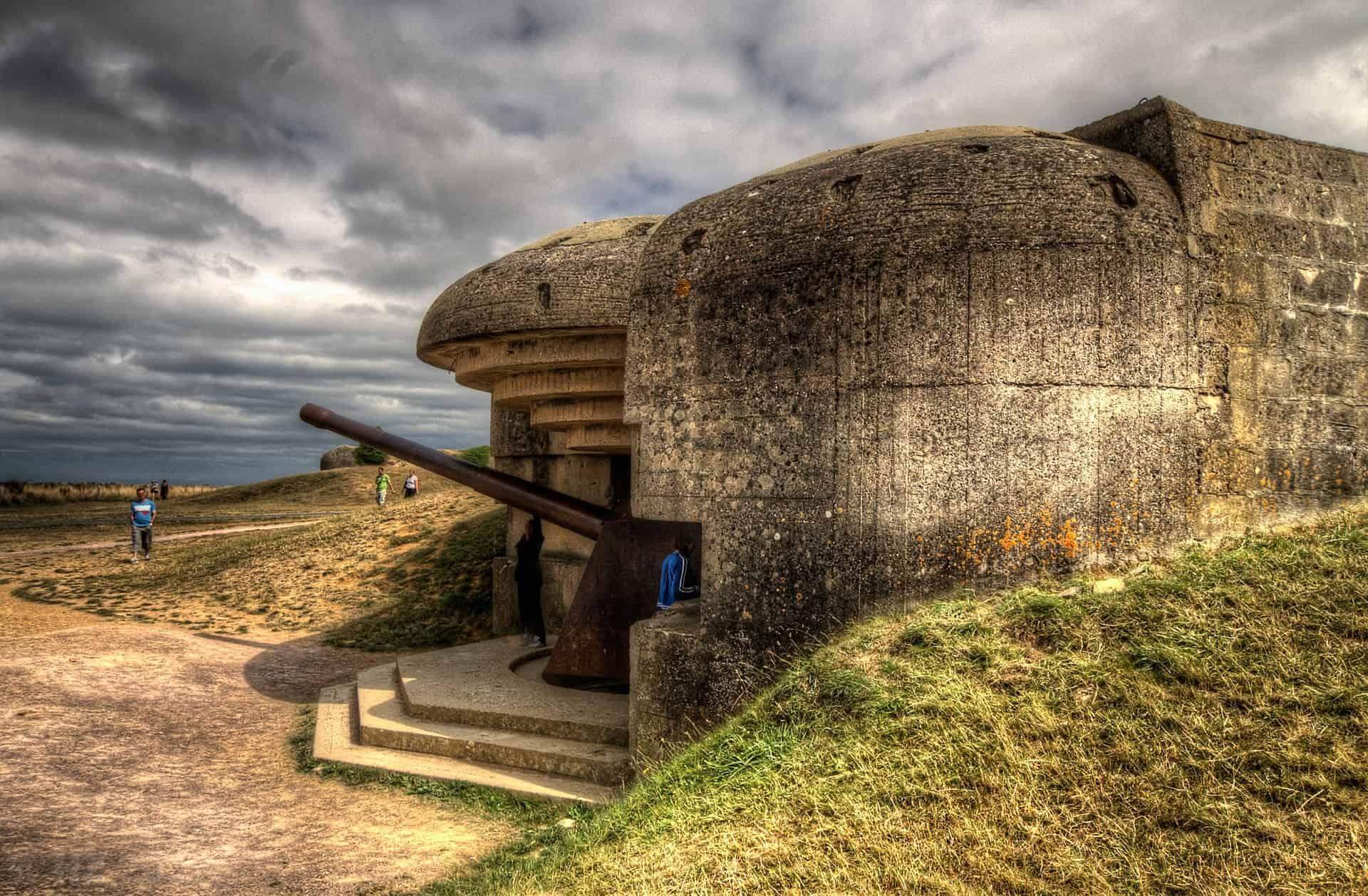 batterie-de-longues at pointe du hoc in Normandy