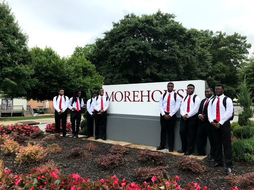 students on a morehouse tour
