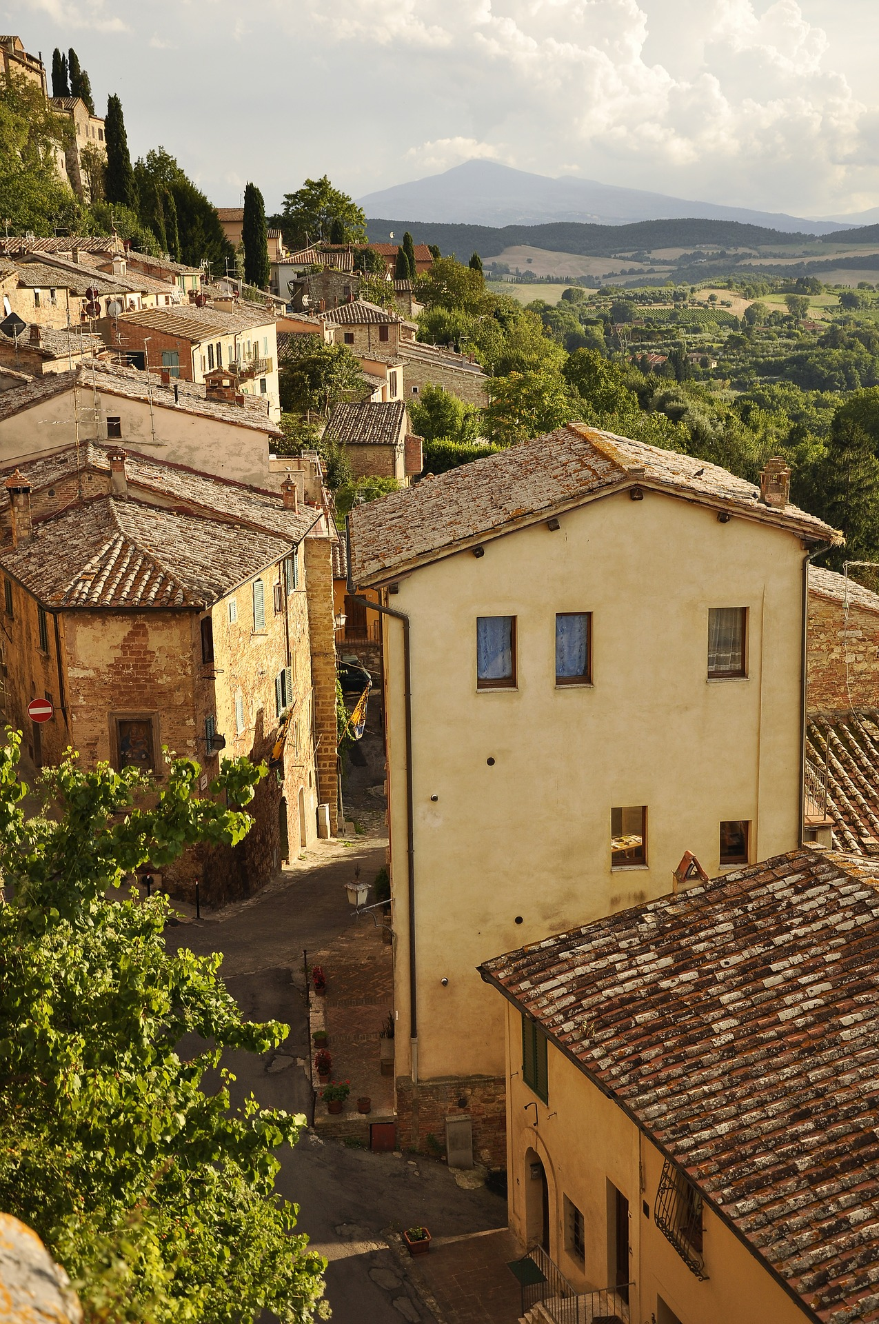 Homes in Tuscany, Italy with landscape in background